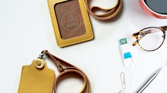 ID Card Holder Kulit Harga Terjangkau
