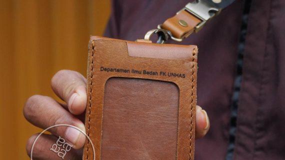 Dompet Id Card Kulit Terbaik Untuk Pekerja Atau Karyawan Kantor