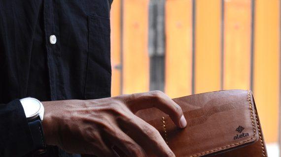 4 Tips Memilih Dompet Pria Kulit Asli Yang Valuable