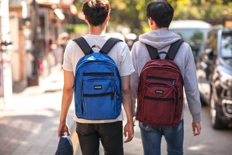 Backpack atau tas ransel, Sumber : tribunkaltimtravel.tribunnews.com