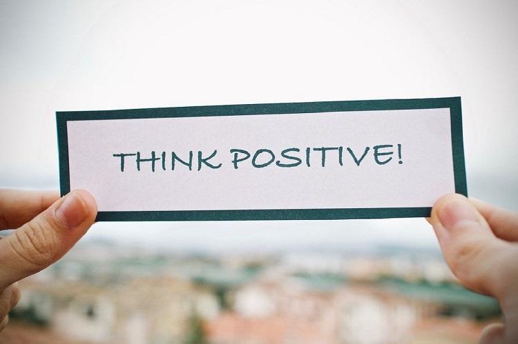 Selalu berpikir positif, Sumber : portaljember.pikiran-rakyat.com